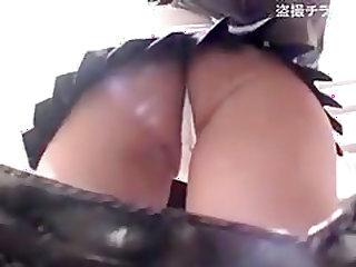 schoolgirls upskirt voyeur part 2