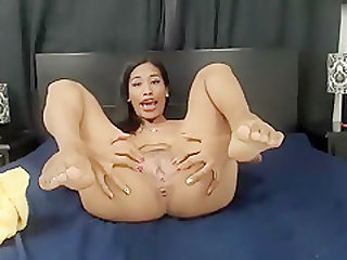 ninapetite non-professional record on 07/03/15 03:00 from chaturbate