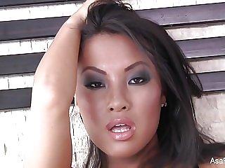 Asa Akira joins London Keyes for a hot threesome