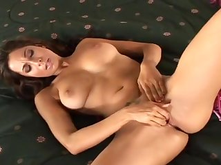 Tiffany Taylor Rams Her Own Tight Hole